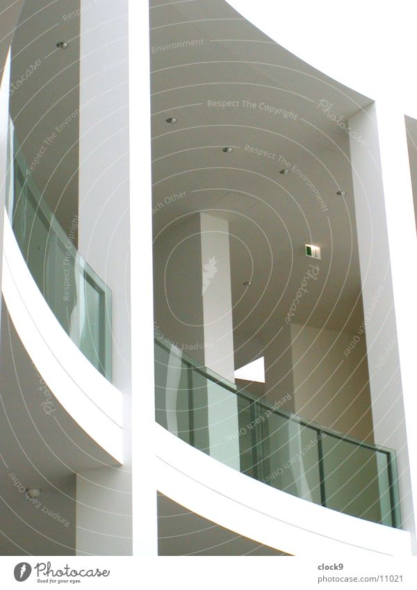 Balkon München weiß Licht Architektur Pinakothek Glas Raum modern Innenaufnahme