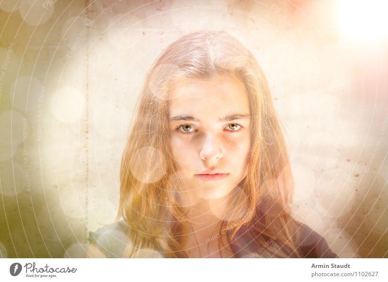 Erleuchtung Mensch Kind Jugendliche schön Junge Frau ruhig Auge feminin Stil außergewöhnlich Lifestyle Kopf träumen Design leuchten Kraft