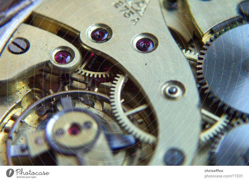 teamworx one Uhr Technik & Technologie High-Tech drehen machen ästhetisch dreckig Erfolg fantastisch Zusammensein nah gold weiß Euphorie Macht Mut Tatkraft