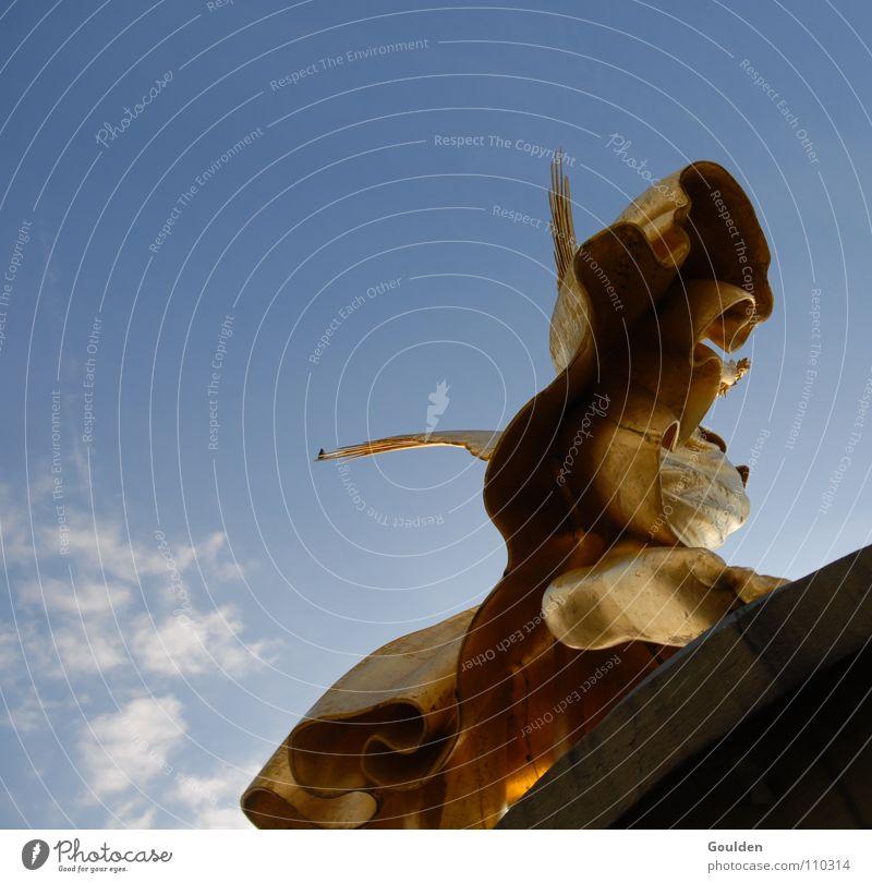 HimmelüberRockunter Himmel blau Berlin springen oben Zufriedenheit gold Beginn Luftverkehr Engel Macht Denkmal Abheben Siegessäule
