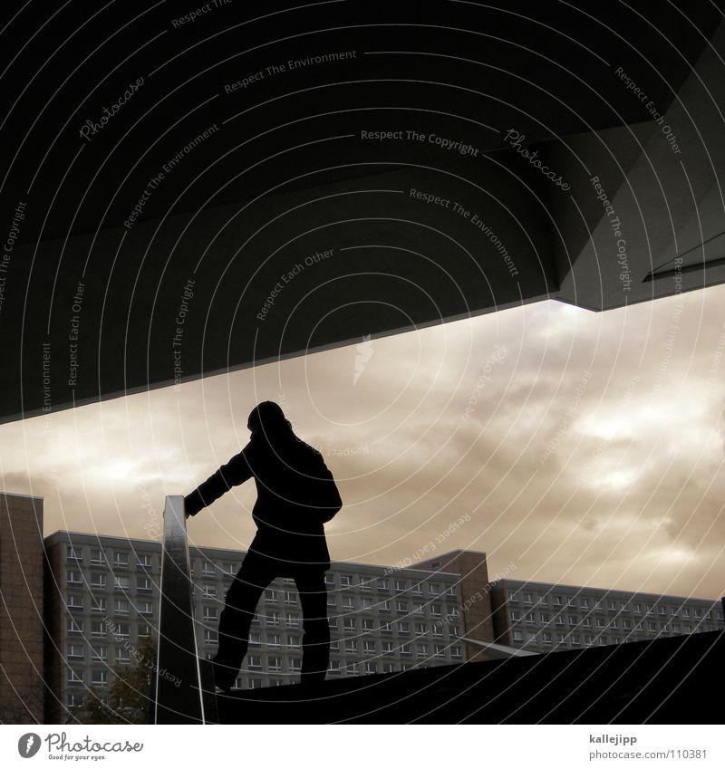 winkeladvokat Mensch Mann Himmel Berlin träumen Wasserfahrzeug warten Treppe Brücke Platz Ecke stehen Dach Geländer Tourist