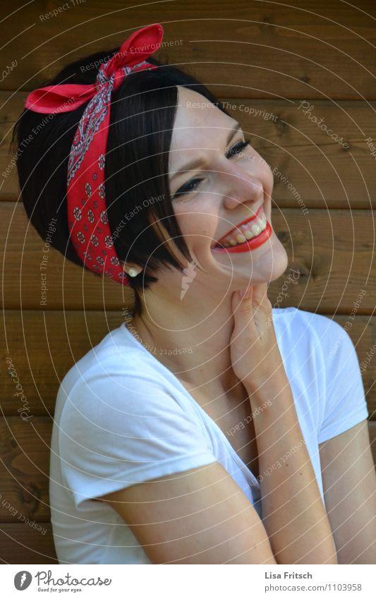 Glücksgefühle Mensch Jugendliche schön Junge Frau Erwachsene Leben feminin natürlich Gesundheit lachen leuchten Fröhlichkeit ästhetisch Lächeln genießen