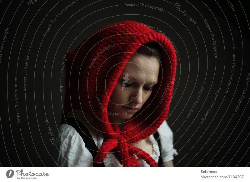 rotes Käppchen Mensch feminin Frau Erwachsene Kopf Gesicht 1 Winter Mode Bekleidung Mütze Wärme weich Rotkäppchen Wollmütze Farbfoto Gedeckte Farben