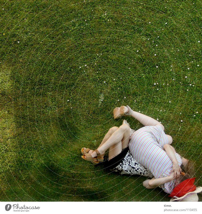 Zickchenalarm (Level 0-1) Sommer Freude Wiese Leben sprechen lustig Freundschaft nah Hut Verkehrswege Konflikt & Streit kämpfen Ärger schlagen drücken streben