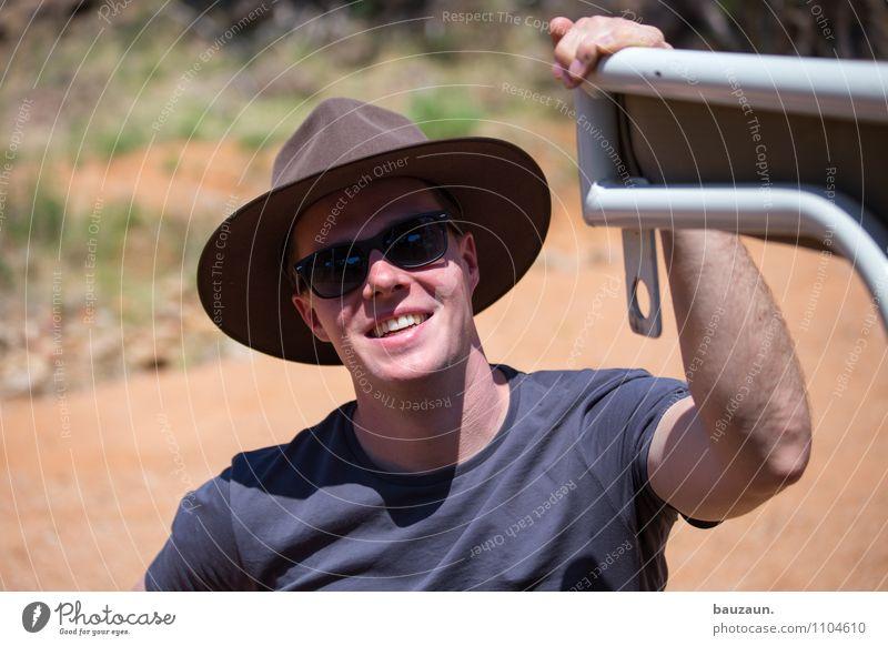 gefunden. Ferien & Urlaub & Reisen Tourismus Ausflug Abenteuer Ferne Freiheit Sightseeing Safari Expedition maskulin Junger Mann Jugendliche Erwachsene Kopf 1