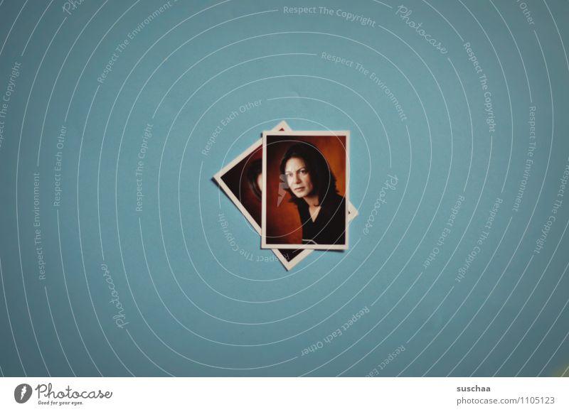 900 Frau Junge Frau Gesicht Fotografie Reisepass Passbild Blauer Hintergrund
