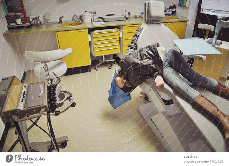 Herr Doktor Die Narkose Wirkt ... - Ein Lizenzfreies Stock Foto Von Photocase