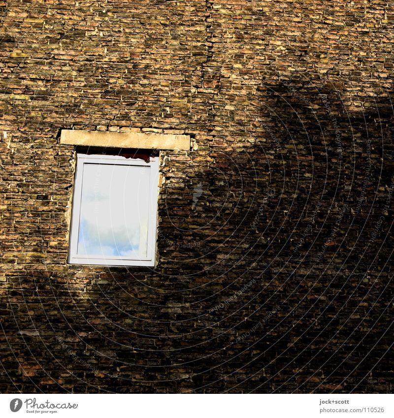 Brandwandqualität F 90-A+M.(2) Stadt Wolken Fenster Gebäude Zeit braun Fassade ästhetisch Aussicht Schönes Wetter kaputt Schutz planen Sicherheit fest Vergangenheit