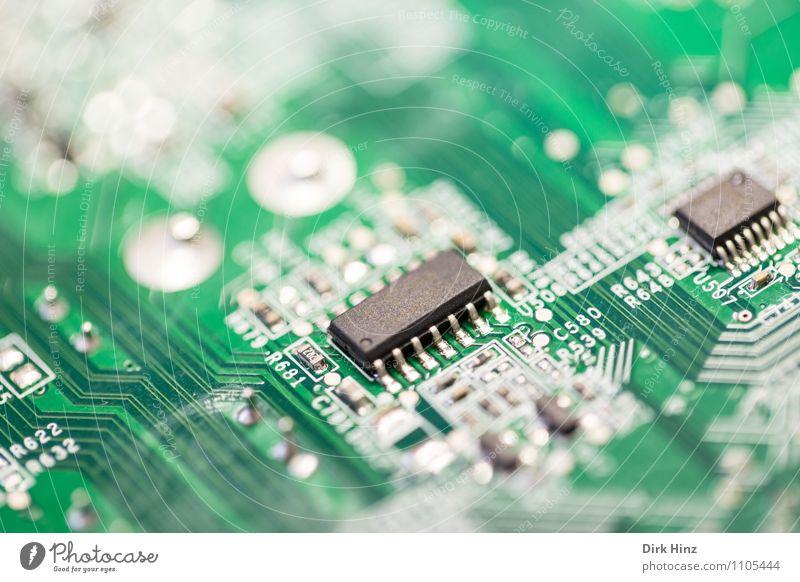 Chips & Lines Hardware Technik & Technologie Unterhaltungselektronik High-Tech Informationstechnologie Metall Kunststoff Zeichen Netz grün schwarz weiß Energie
