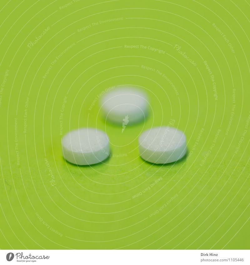 Pillen grün weiß Gesundheit Gesundheitswesen 3 Zeichen rund Hoffnung Risiko Krankheit Vertrauen Schmerz Medikament Sucht Fortschritt Heilung