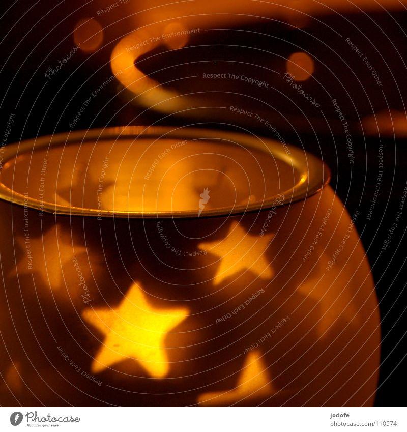 *sternenstunde* Weihnachten & Advent ruhig Winter dunkel gelb Wärme Beleuchtung Stimmung hell Zusammensein glänzend Dekoration & Verzierung Glas Stern (Symbol) Kerze erleuchten