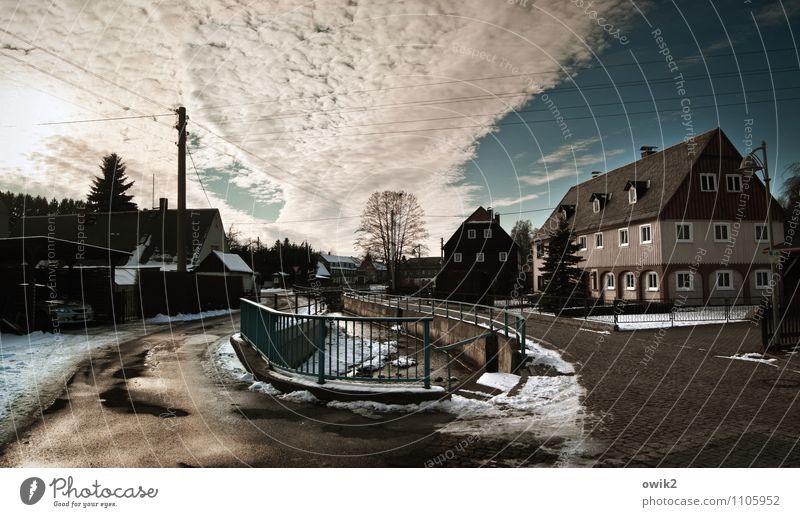 Cunewalde Himmel Wolken Horizont Lausitz Sachsen Deutschland Dorf bevölkert Haus Gebäude Umgebindehaus Straße Idylle Farbfoto Gedeckte Farben Außenaufnahme