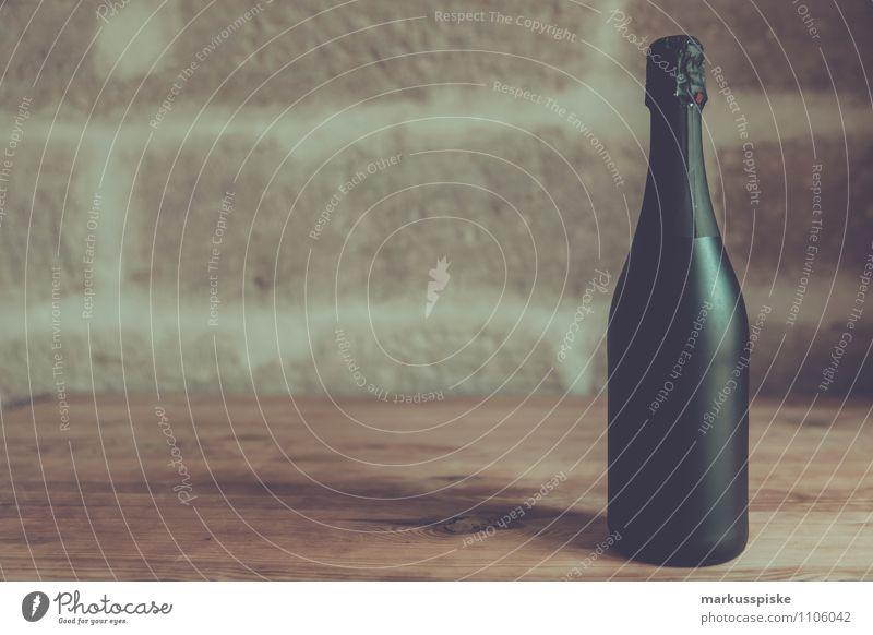 champagner party Feste & Feiern Party Geburtstag Getränk Hochzeit Silvester u. Neujahr Reichtum Handel Flasche Alkohol Sucht Sandstein Sekt Champagner nobel