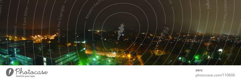 Aachen bei Nacht Haus Ferne Straße dunkel Lampe hell Beleuchtung Hintergrundbild Nebel Hügel Aussicht Verkehrswege leicht Straßenbeleuchtung
