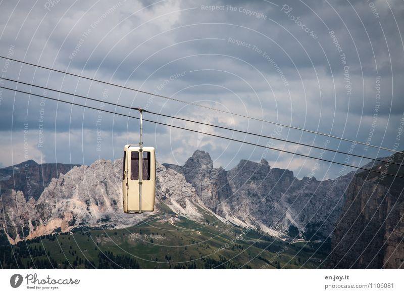 vertrauenerweckend... Ferien & Urlaub & Reisen Tourismus Ausflug Abenteuer Sommer Sommerurlaub Berge u. Gebirge Natur Landschaft Himmel Wolken Gewitterwolken
