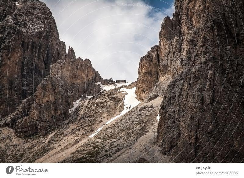 Das Ziel Ferien & Urlaub & Reisen Tourismus Ausflug Abenteuer Sommerurlaub Berge u. Gebirge wandern Natur Landschaft Himmel Frühling Herbst Felsen Alpen