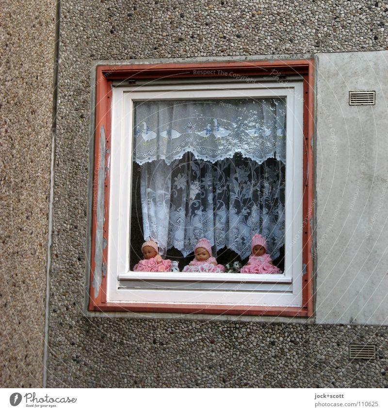 Baby Love (return) Haus Fenster Wand Gebäude Architektur Mauer lustig klein träumen rosa Fassade Häusliches Leben Glas Dekoration & Verzierung verrückt Beton