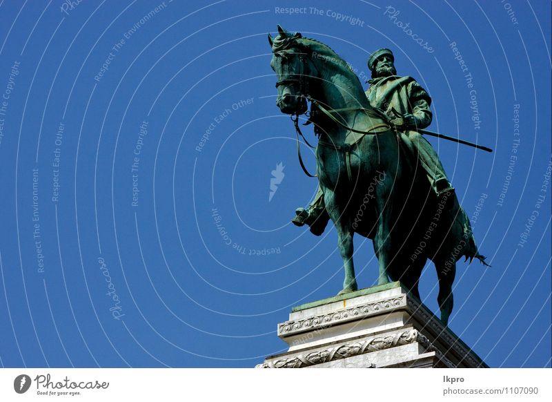 die statue von garibaldi Hand Skulptur Architektur Himmel Kleinstadt Palast Gebäude Sehenswürdigkeit Stein Stahl alt historisch blau Abenteuer Farbe lkpro