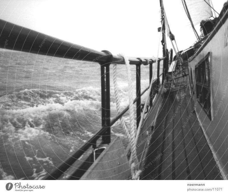 Seegang Wasser Meer See Wasserfahrzeug Wellen Sturm Nordsee Segelschiff
