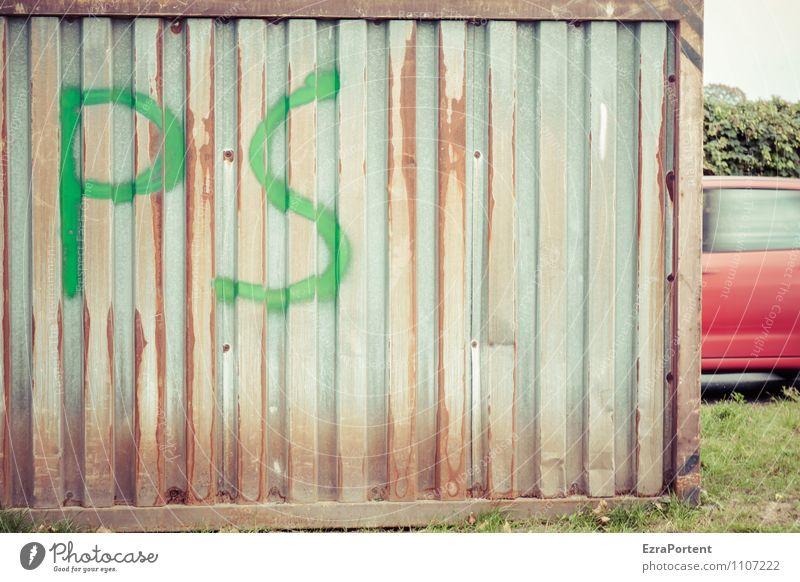 VRRMMM Himmel Gras Stadt Verkehr Verkehrsmittel Verkehrswege Autofahren Straße Wege & Pfade Fahrzeug PKW Metall Stahl Rost Schriftzeichen Graffiti Linie