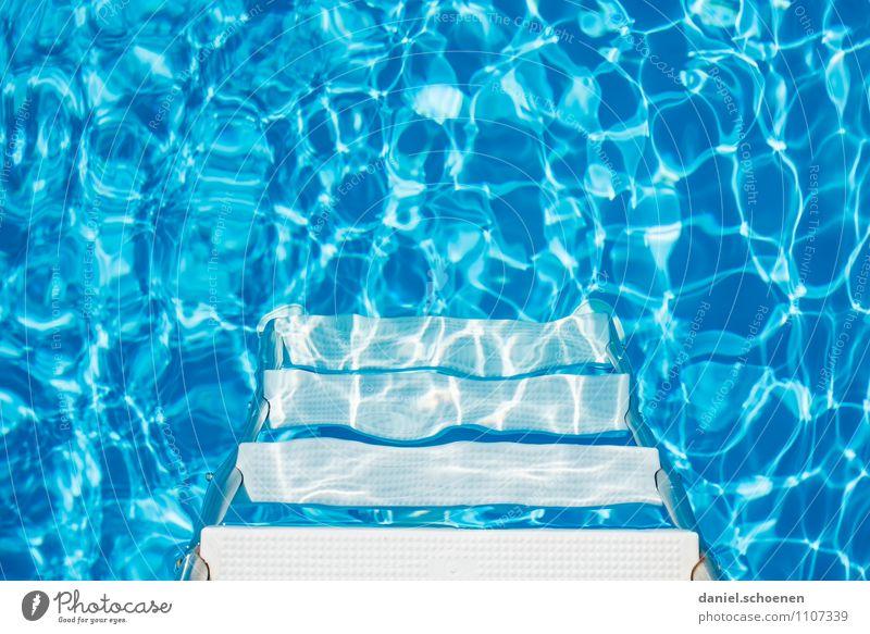 soll ich rein ?? Ferien & Urlaub & Reisen blau weiß Wasser Sommer Erholung Schwimmen & Baden Lifestyle Zufriedenheit Schönes Wetter Schwimmbad Wohlgefühl