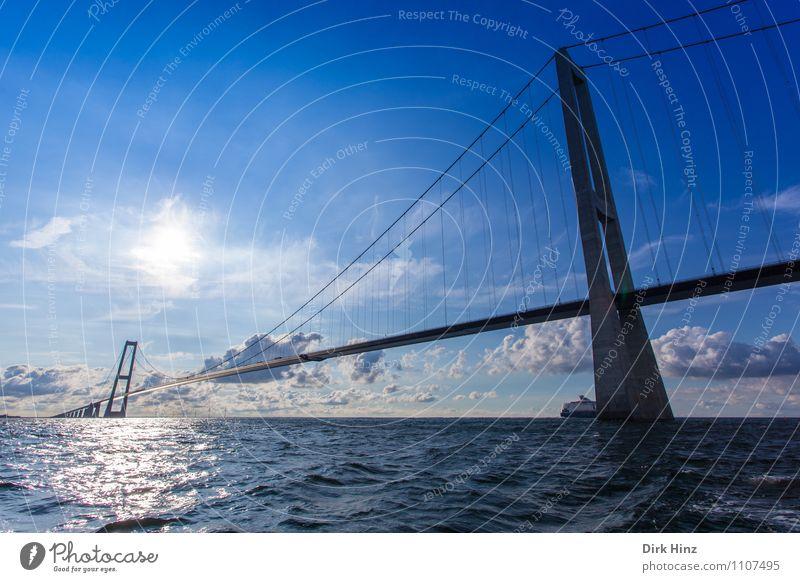 Öresundbrücke Dänemark Ferien & Urlaub & Reisen blau Meer Umwelt Bewegung Architektur Horizont Tourismus Verkehr Perspektive Brücke Güterverkehr & Logistik