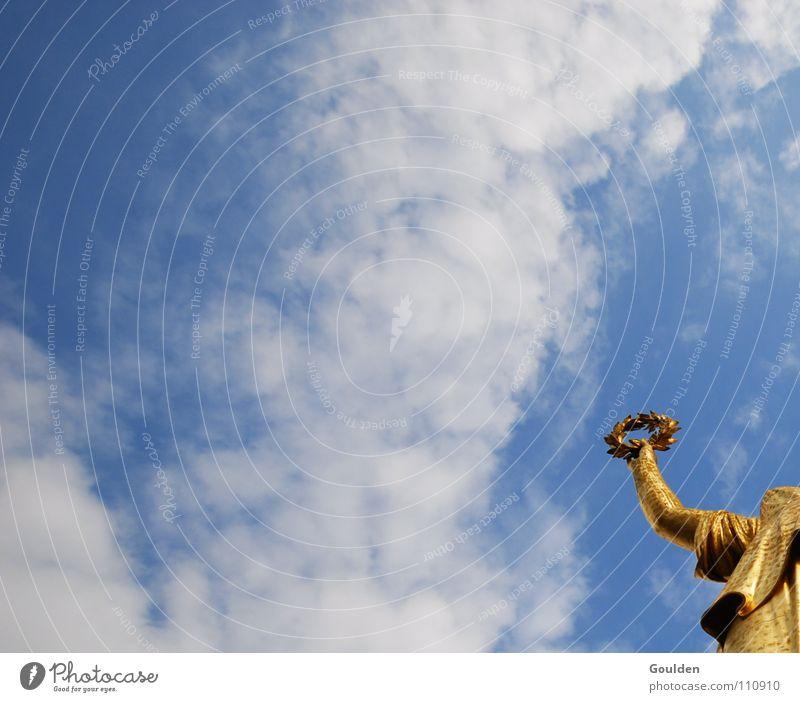 Randfigur Erfolg weiß Kranz Götter Ehre Image Berlin Himmel Siegesstatue gold blau Ehrung Gott wasnichwas