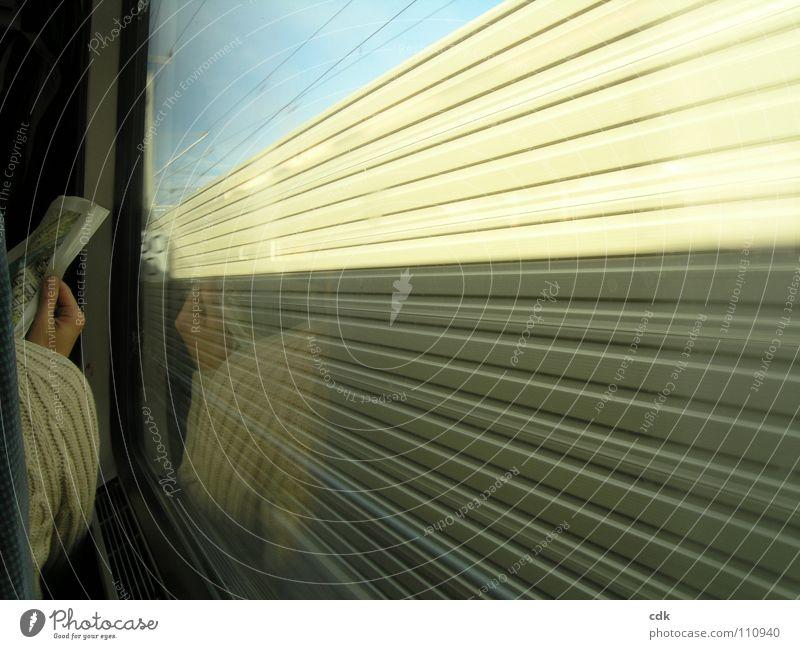 innen & aussen Mensch Natur Hand Himmel Sonne Ferien & Urlaub & Reisen ruhig Ferne dunkel Erholung Arbeit & Erwerbstätigkeit Fenster Mauer Wege & Pfade