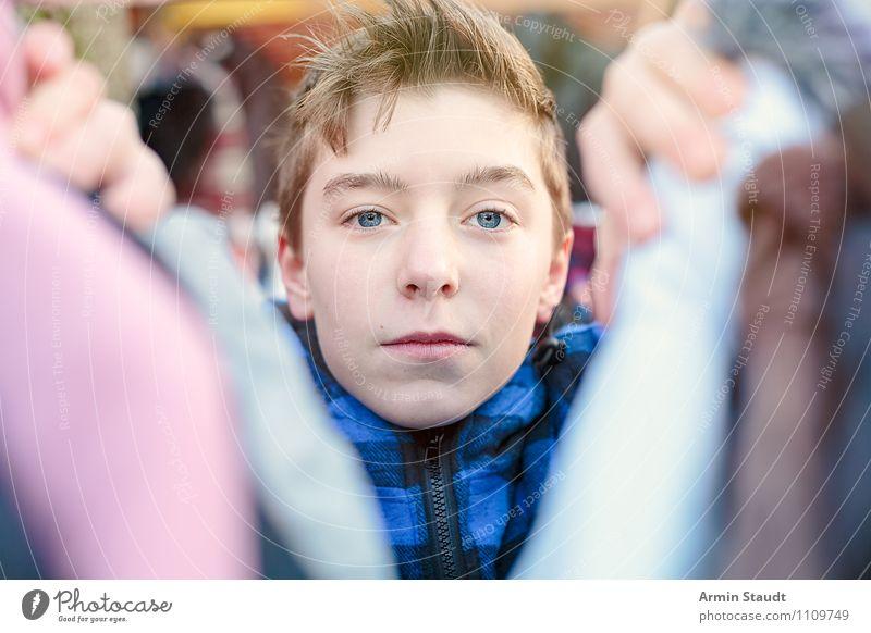 Neulich auf dem Flohmarkt III Lifestyle kaufen Stil Design Business Mensch maskulin Jugendliche Kopf Hand 1 13-18 Jahre Kind Mode Bekleidung verkaufen