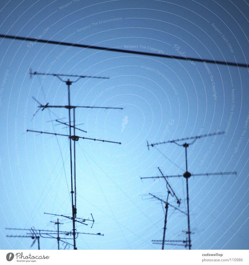fernsehtauglich Antenne Himmel Fernsehen Testbild Kommunizieren Entertainment aerial sky 24 Stunden am Tag 365 Tage im Jahr