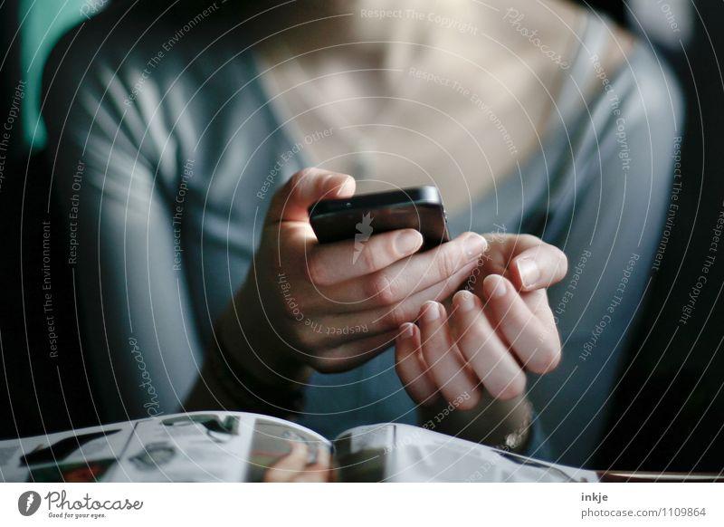 miss Lifestyle Freizeit & Hobby Handy PDA Unterhaltungselektronik Internet Mädchen Junge Frau Jugendliche Kindheit Leben 1 Mensch 13-18 Jahre Zeitschrift