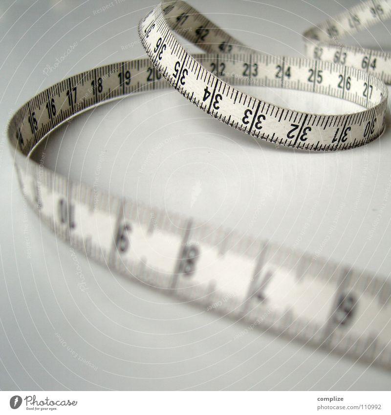 90, 60 ,90 Maßband Zollstock Zentimeter Diät Ausmaß Taille Brustumfang dünn Länge Schneider Schneidern Bekleidung Maßanzug Vorsätze Wut Ärger schön cm mm