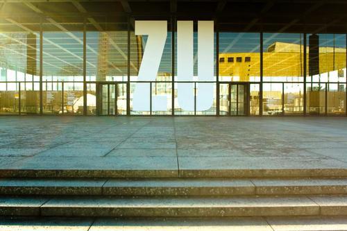 Neue Nationalgalerie Stadt Fenster Architektur Berlin Fassade Treppe Glas modern geschlossen Hauptstadt Renovieren Nachbildung Vorderseite Modernisierung