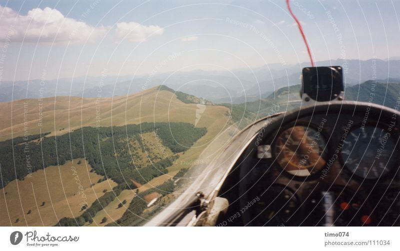 Cockpit Sicht Himmel Wolken Sport Spielen Berge u. Gebirge Wärme Wind Luftaufnahme Luftverkehr Niveau Aussicht fallen Segeln untergehen Nähgarn Panorama (Bildformat)