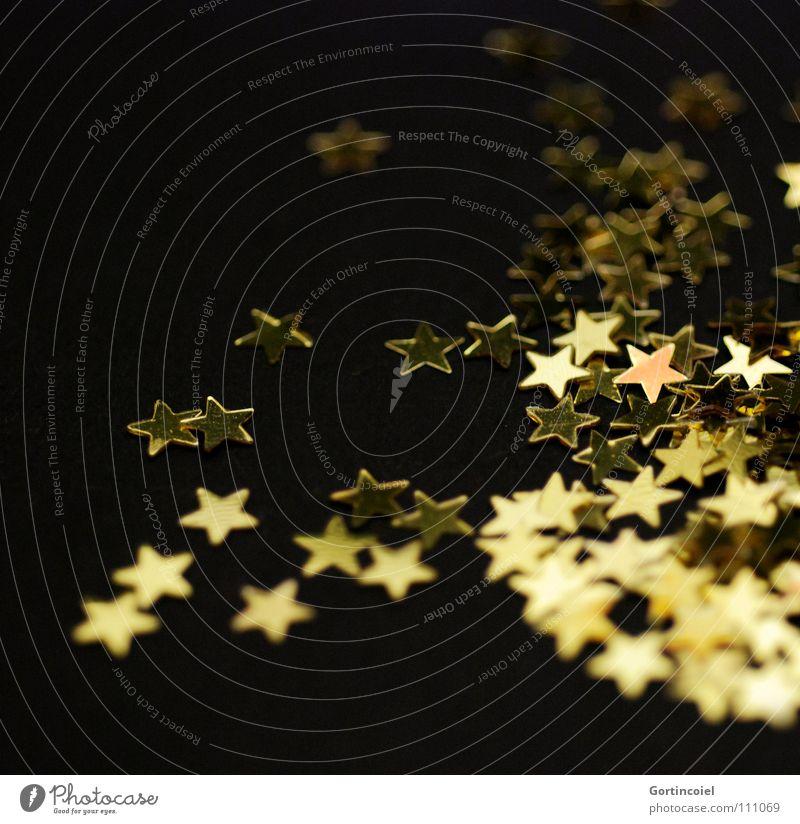 Weihnachtsbastelei II Winter Feste & Feiern Dekoration & Verzierung glänzend gold Stimmung Vorfreude besinnlich schimmern Glamour Zauberei u. Magie