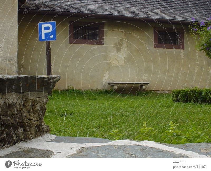Parkplatz :) Wand historisch Bank Burg oder Schloss