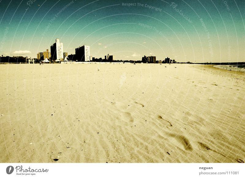 coney island3 Strand Amerika New York City Stadt Küste Physik Sommer Ferien & Urlaub & Reisen Hochhaus Meer heiß Horizont Sand Himmel Wärme Freude blau Wasser
