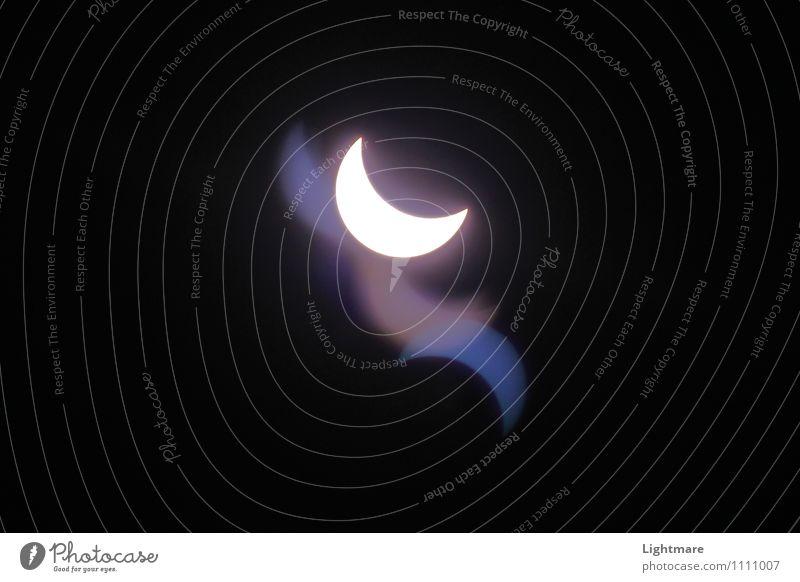 Universum einer Sonnenfinsternis Natur Urelemente Himmel Wolkenloser Himmel Sonnenlicht Mond Zeichen leuchten träumen außergewöhnlich dunkel fantastisch Ferne
