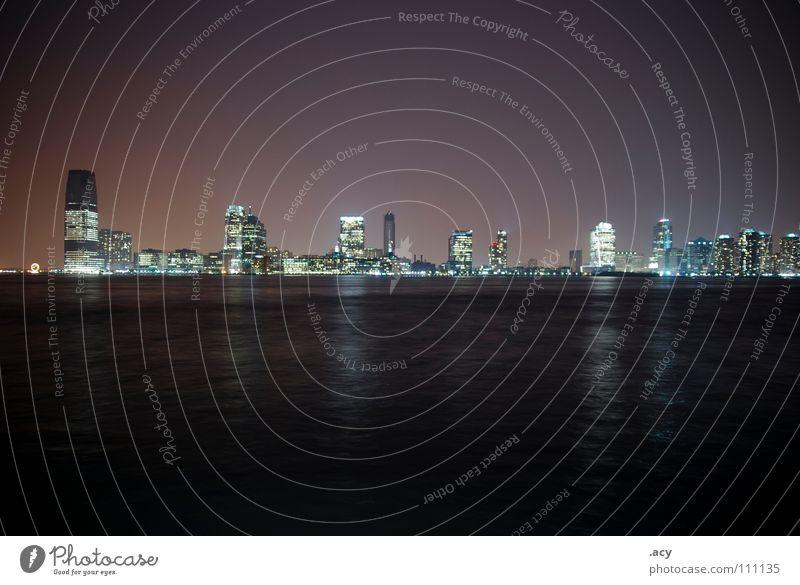 kirmes Wasser Stadt Haus dunkel Hochhaus USA Skyline Aussicht Amerika Nachtaufnahme New Jersey