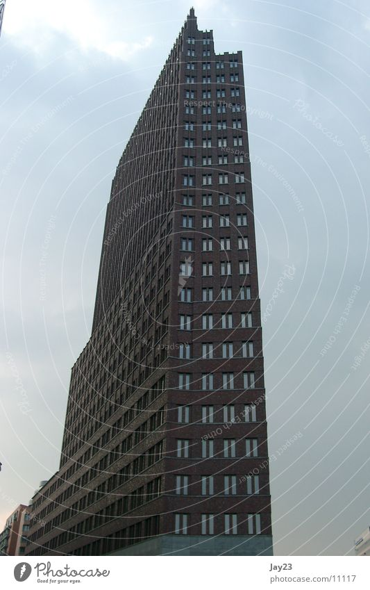 Berlin City 6 Architektur Hochhaus Backstein Potsdamer Platz Hochhausfassade