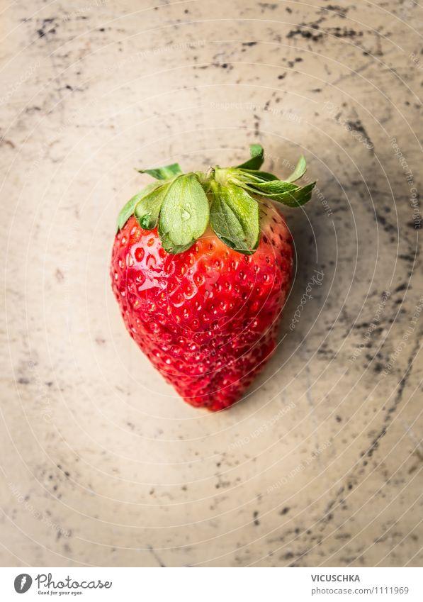 Erdbeere Lebensmittel Frucht Dessert Ernährung Bioprodukte Vegetarische Ernährung Diät Lifestyle Stil Design Gesunde Ernährung Sommer Garten Natur big Erdbeeren