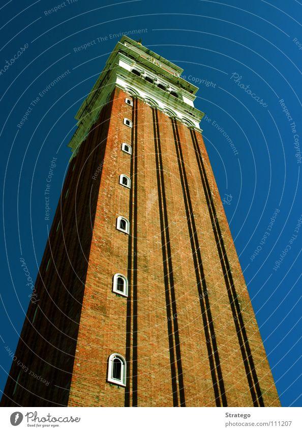 tourist view Herbst Religion & Glaube Kunst hoch Perspektive Tourismus Aussicht Turm Italien Wahrzeichen Tourist Venedig Blauer Himmel Bekanntheit
