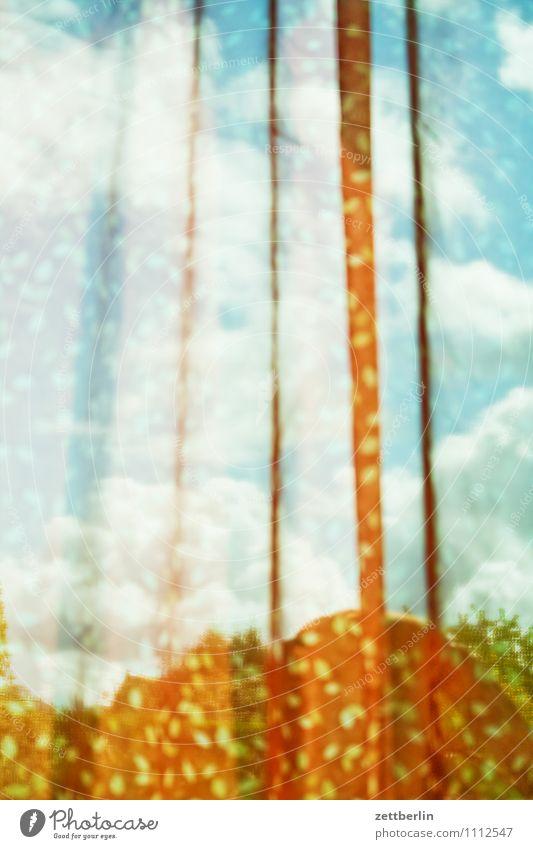 Gardine 2 Himmel Sommer Wolken Fenster Hintergrundbild Wohnung Raum Häusliches Leben Wind Aussicht Textfreiraum Tiefenschärfe Stoff Falte durchsichtig