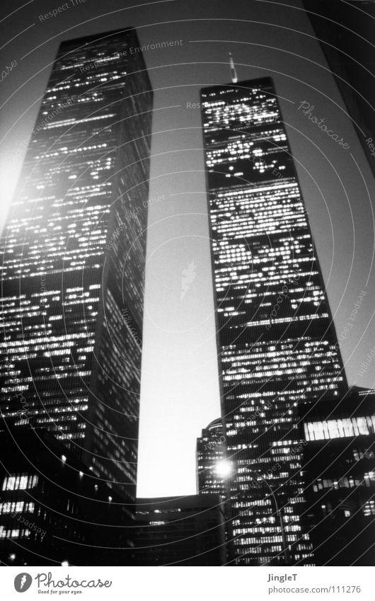in nur einem augenblick Leben Tod Angst Macht Trauer USA Beruf Denkmal Aussicht Amerika Wahrzeichen Tradition Karriere Panik Stolz New York City
