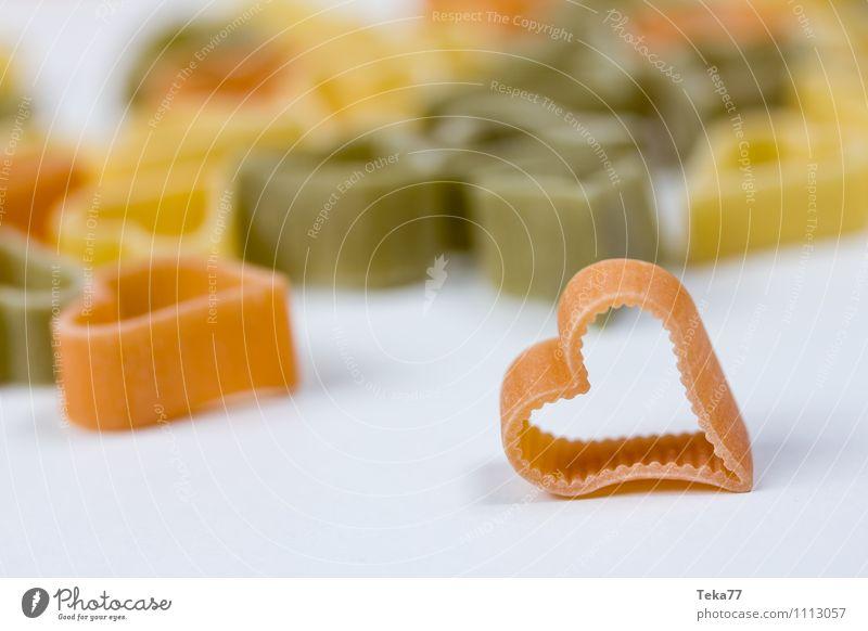 Ein Herz für Pasta I Freude Gefühle Liebe Glück Lebensmittel Ernährung Herz Bioprodukte Nudeln Festessen Italienische Küche