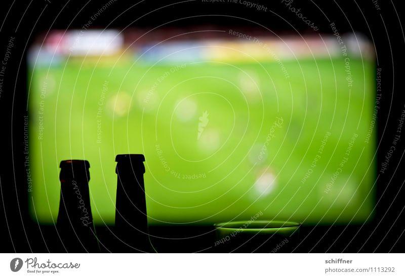 Kraft   olympischer Schluck und Abseits grün schwarz Sport Spielen Freizeit & Hobby Glas Fußball Sportmannschaft Fernseher Fernsehen Wohnzimmer