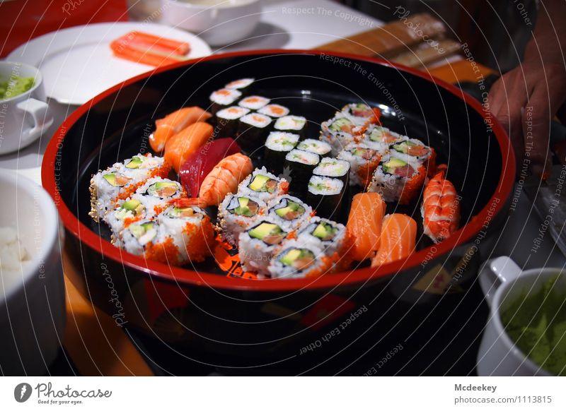 tasty sushi weiß rot Hand schwarz Gesundheit Lebensmittel rosa orange frisch Ernährung Kochen & Garen & Backen Kräuter & Gewürze Küche Fisch Gemüse lecker