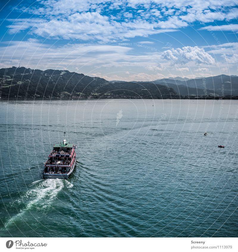 Zu neuen Ufern... Natur Landschaft Wasser Himmel Wolken Horizont Sommer Schönes Wetter Alpen Berge u. Gebirge Wellen Seeufer Bodensee Schifffahrt