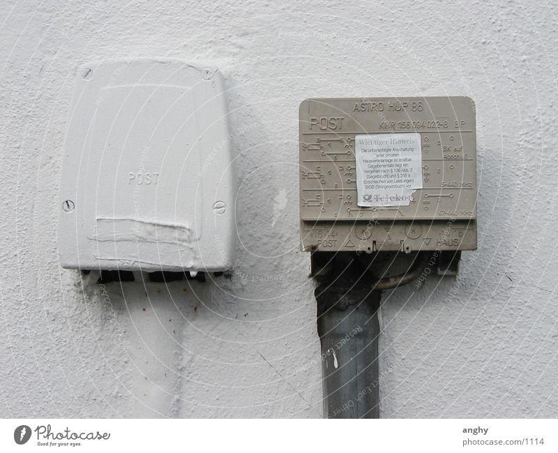 ein ungleiches Paar Wand Deutsche Telekom Dinge