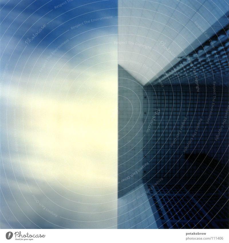 LochbildParis03 La Grande Arche La Défense Kunst Wolken Architektur Lochkamera Johan Otto von Spreckelsen Himmel Sehenswürdigkeit